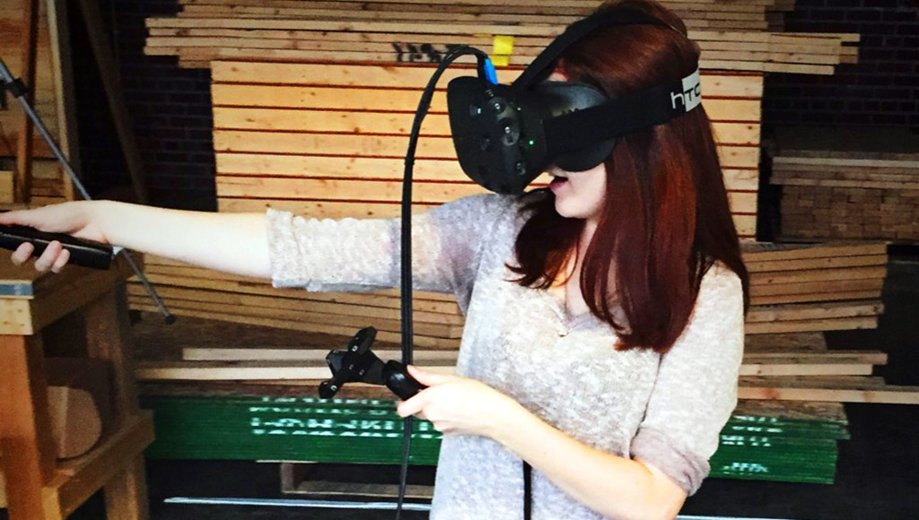 Eva Hoerth wearing a HTC Vive